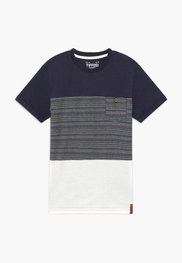 TOYAMA - T-shirt med print - blue