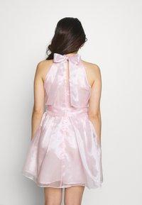TFNC Petite - SANIRI MINI DRESS - Koktejlové šaty/ šaty na párty - pink - 2
