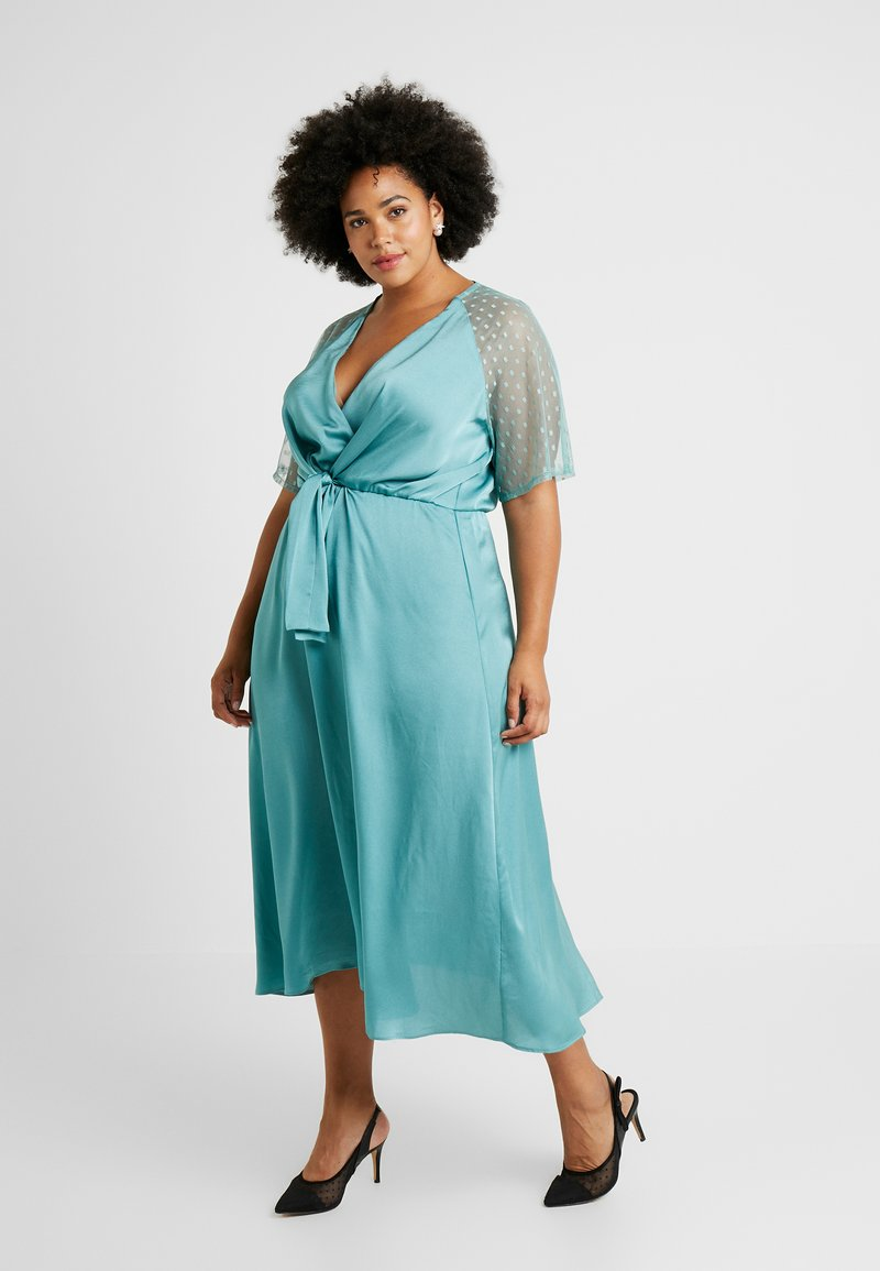 TFNC Curve - EXCLUSIVE SACHITA MAXI - Cocktail dress / Party dress - native green