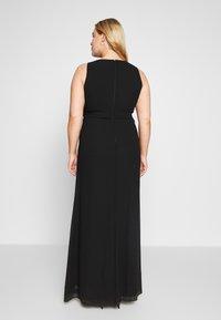 TFNC Curve - DIANNE MAXI - Společenské šaty - black - 2