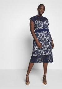 TFNC Curve - SALKA MIDI DRESS - Cocktailklänning - navy/nude - 1