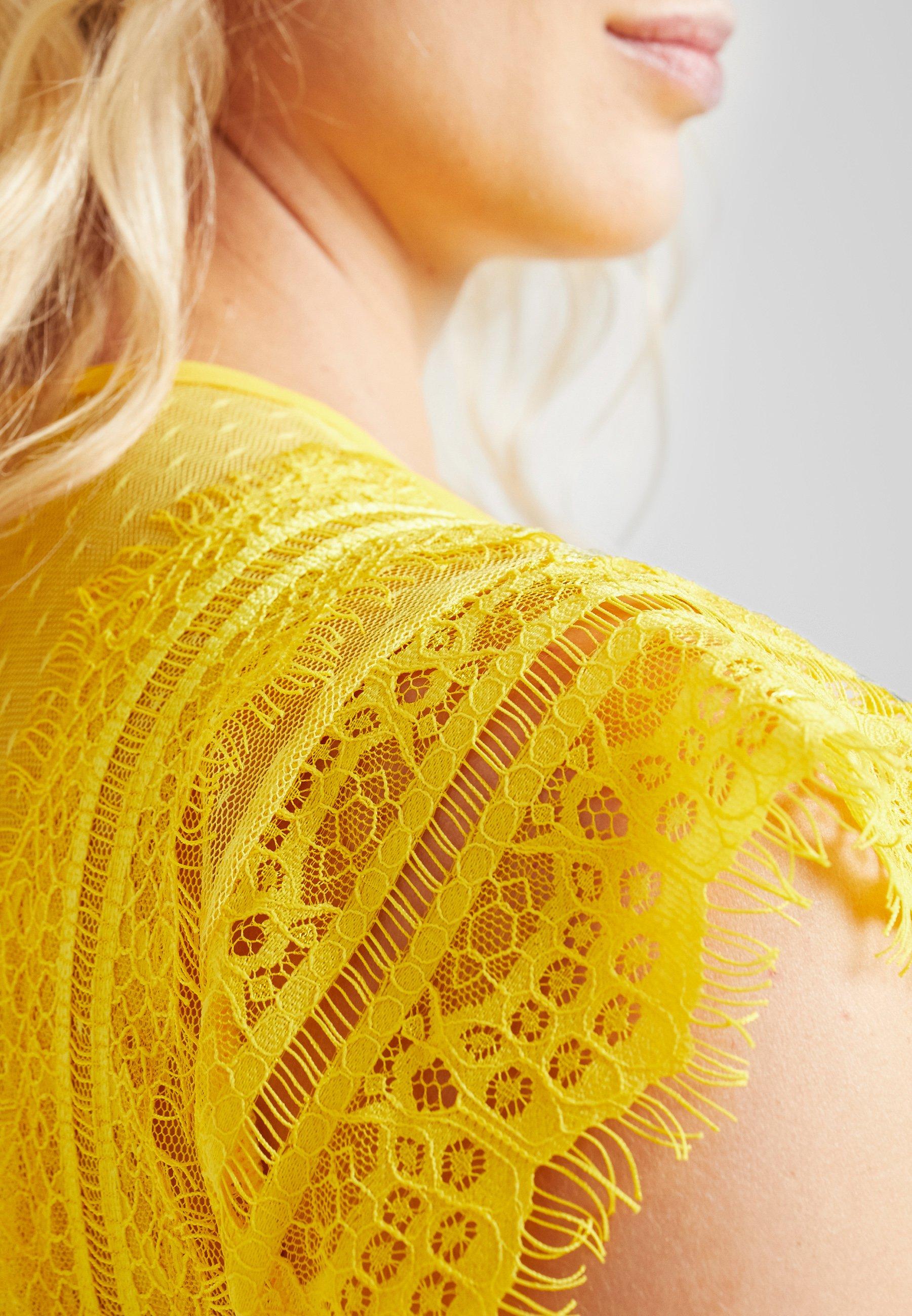 TFNC Maternity EXCLUSIVE FINLEY MIDI DRESS - Robe de soirée spectra yellow