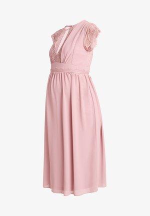EXCLUSIVE FINLEY MIDI DRESS - Vestito elegante - pink