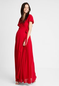TFNC Maternity - EXCLUSIVE KATIA - Gallakjole - red - 1