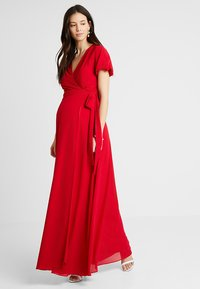 TFNC Maternity - EXCLUSIVE KATIA - Gallakjole - red - 0