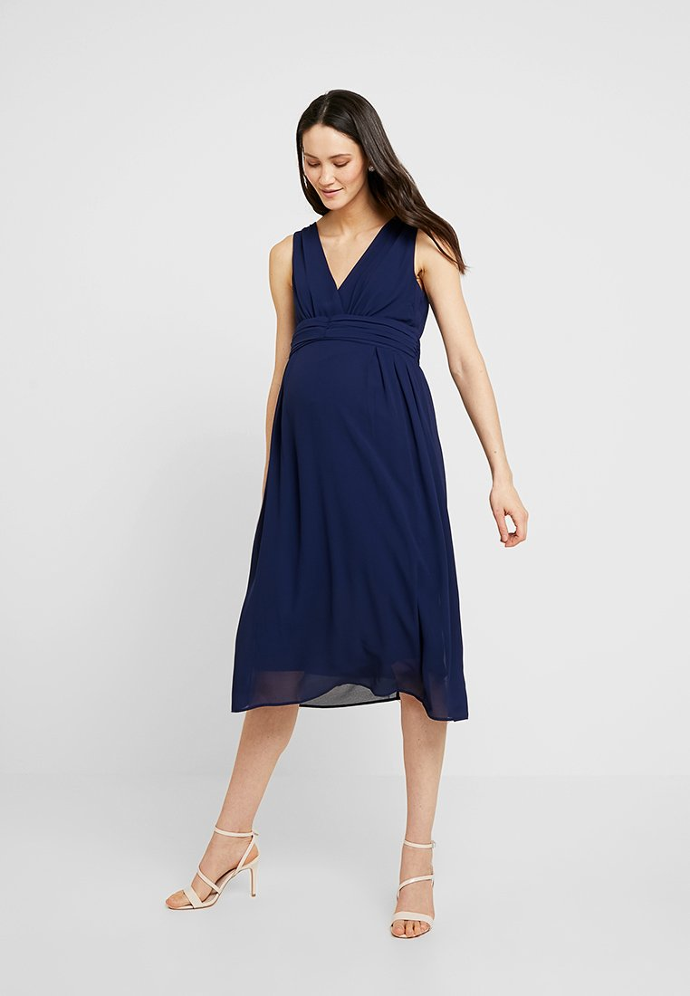 TFNC Maternity - EXCLUSIVE MATERNITY ELOIS MIDI DRESS - Korte jurk - navy