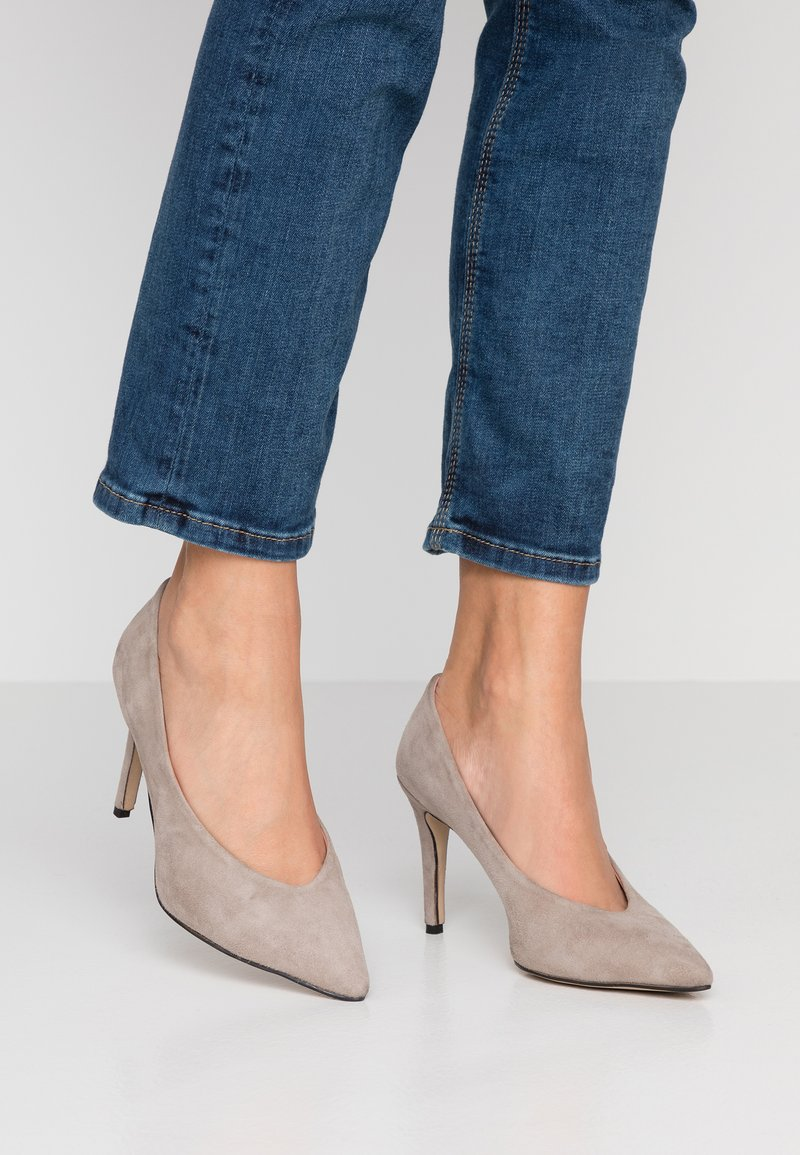 Tigha - AURA - Højhælede pumps - light taupe