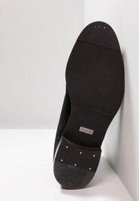Tigha - ALBIE - Støvletter - black - 4