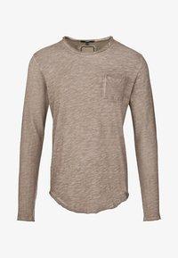 Tigha - Long sleeved top - vintage mud - 4