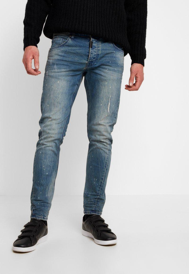 Tigha - BILLY THE KID  - Jeans Slim Fit - vintage mid blue