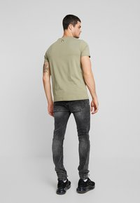 Tigha - MORTY - Jeansy Skinny Fit - mid grey - 2