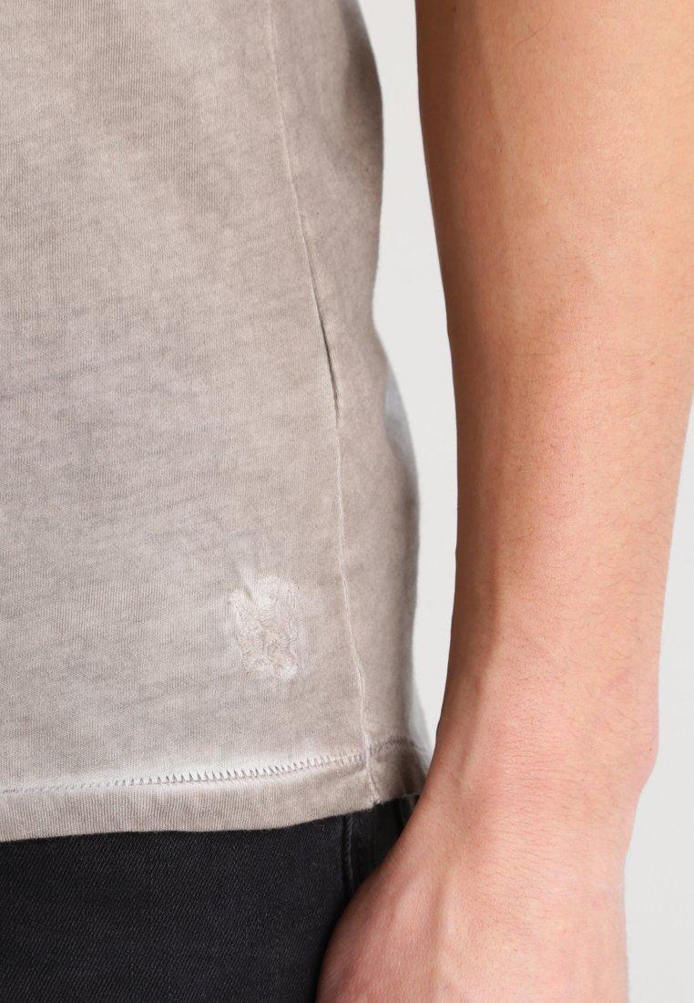 Tigha MILO - T-shirt basic - vintage mud