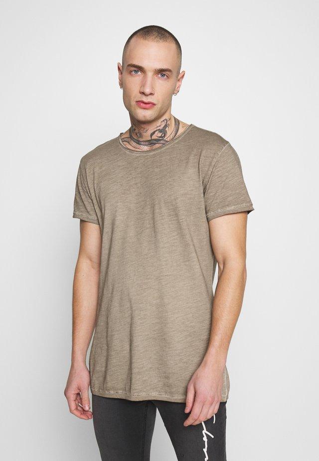 VITO SLUB - Print T-shirt - vintage dark sand