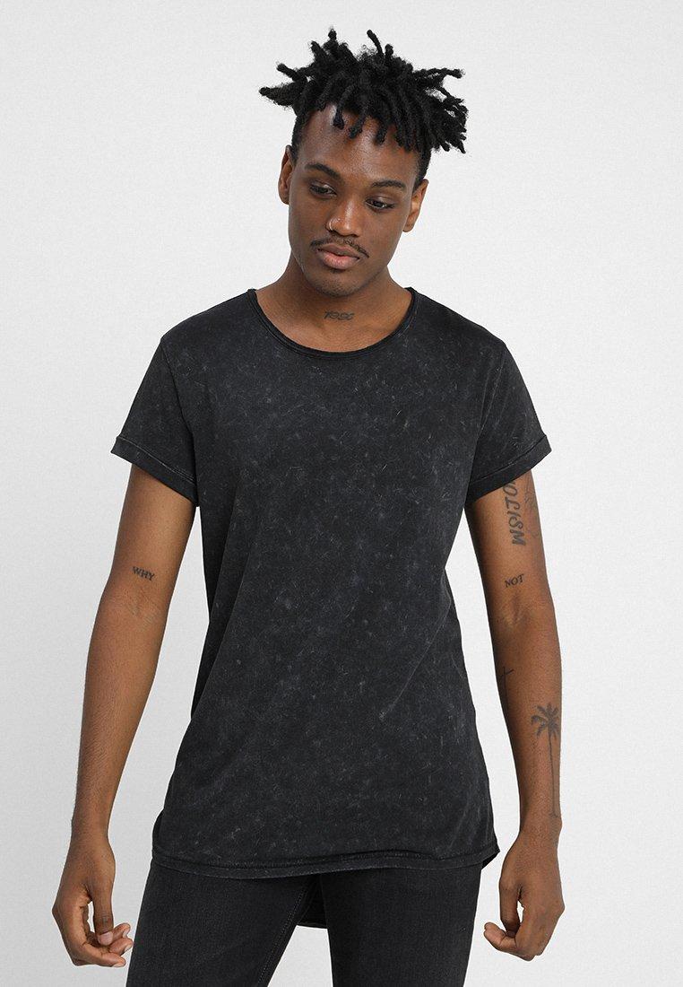 Tigha - MILO SPRAY - T-shirts med print - black