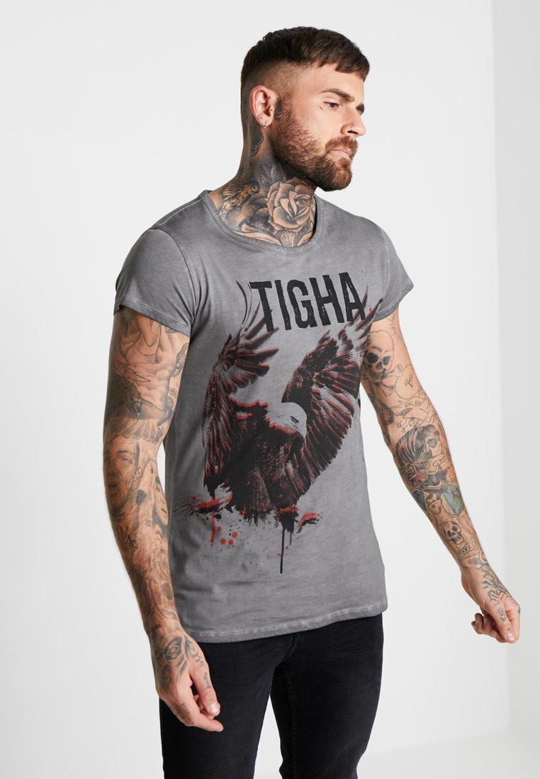 Tigha - PAINTED EAGLE - Print T-shirt - vintage grey