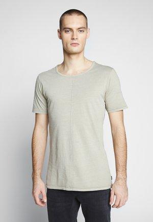 ELIANO - Basic T-shirt - sand