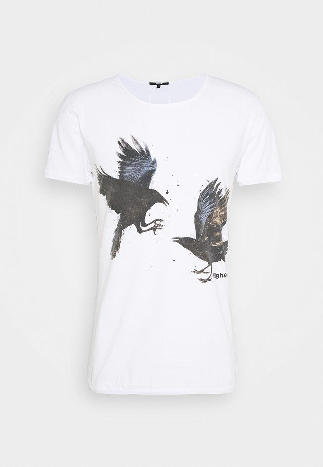 RAVENS WREN - T-shirt imprimé - white