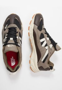The North Face - ARCHIVE TRAIL KUNA CREST - Baskets basses - chocolate brown/black - 1