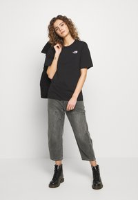 The North Face - SIMPLE DOME - T-shirts - black - 1