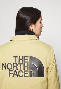 The North Face - TELEGRAPHIC COACHES JACKET - Short coat - hemp - 4