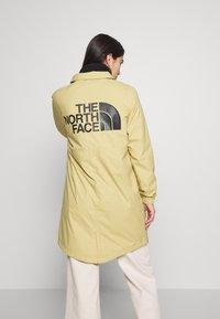 The North Face - TELEGRAPHIC COACHES JACKET - Short coat - hemp - 2