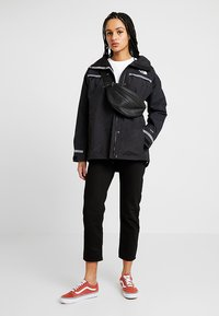 The North Face - RAGECROPPED CREW - Sweatshirt - white - 1