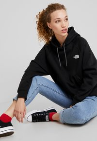 The North Face - GRAPHIC - Hoodie - black - 3