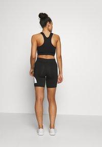 The North Face - KABE SHORT - Shorts - black - 2