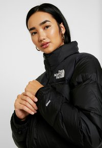 The North Face - RETRO NUPTSE JACKET - Down jacket - black - 5