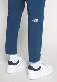 The North Face - TECH PANT - Spodnie treningowe - blue wing teal - 3