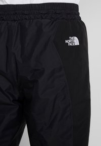 The North Face - MOUNTAIN LIGHT  - Pantalones deportivos - black - 6