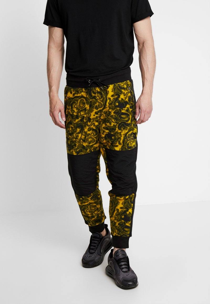 The North Face - RAGE CLASSIC PANT - Tracksuit bottoms - leopard yellow