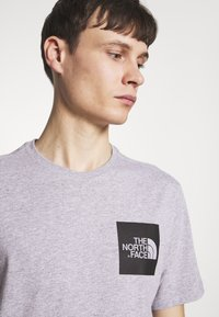 The North Face - FINE TEE - Print T-shirt - heather grey - 4