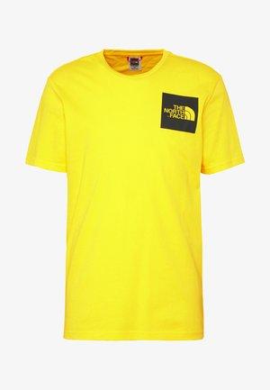 FINE TEE - T-shirt med print - tnf lemon