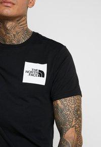 The North Face - FINE TEE - Print T-shirt - black - 5