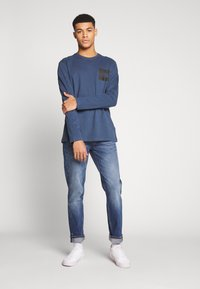 The North Face - FINE TEE  - T-shirt à manches longues - blue wing teal - 1