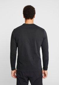 The North Face - FINE - Bluzka z długim rękawem - black/white - 2