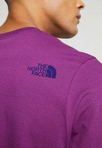 The North Face - RETRO RAGEDD TEE - T-shirt print - phlox purple - 5