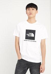 The North Face - RAG BOX - T-shirt print - white - 0