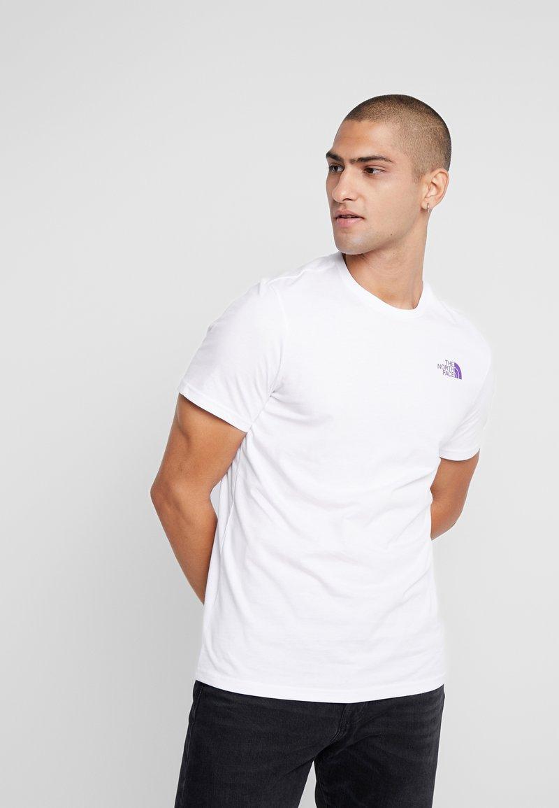 The North Face - SLANTED LOGO TEE - Print T-shirt - hero purple