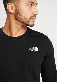 The North Face - SLANTED LOGO TEE - Top sdlouhým rukávem - black/white - 5