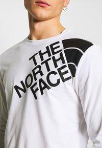 The North Face - SHOULDER LOGO TEE - Bluzka z długim rękawem - white - 5