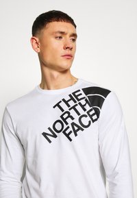 The North Face - SHOULDER LOGO TEE - Bluzka z długim rękawem - white - 3