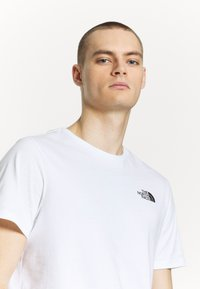 The North Face - Print T-shirt - white/ lemon - 3