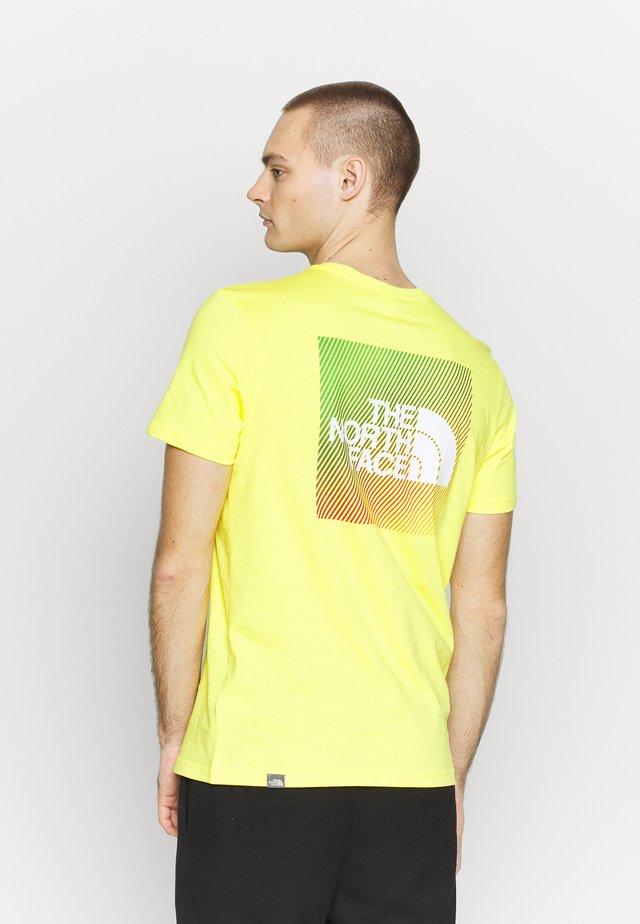 T-shirt z nadrukiem - lemon/white