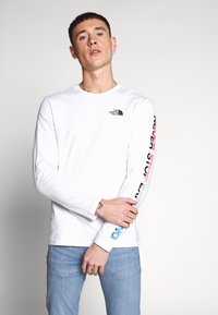 The North Face - GRAPHIC FLOW - Topper langermet - white/black - 0