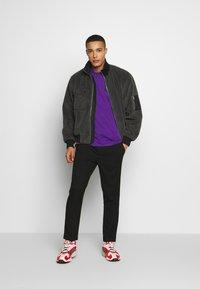 The North Face - FINE TEE - T-shirt med print - hero purple - 1