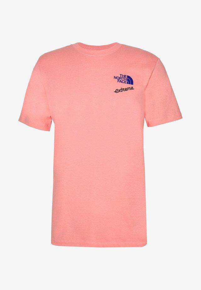 EXTREME TEE - T-shirt z nadrukiem - miami pink