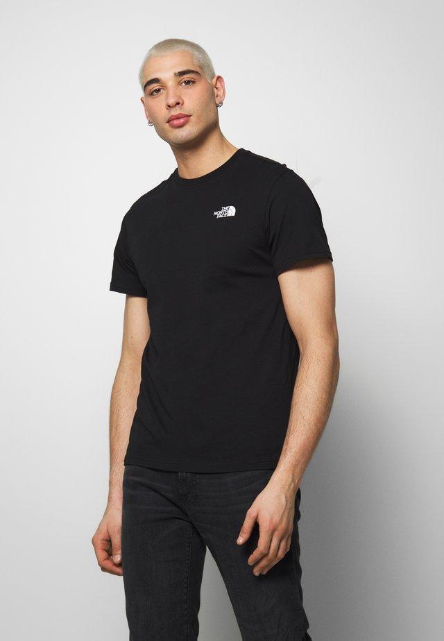 PEAKS TEE - T-shirt med print - black