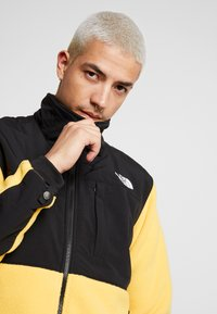 The North Face - DENALI JACKET  - Veste polaire - yellow - 4